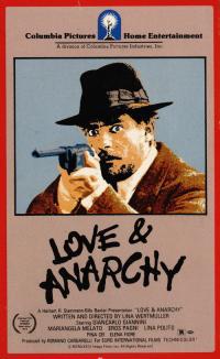 Film d'amore e d'anarchia, ovvero 'stamattina alle 10 in via dei Fiori nella nota casa di tolleranza...' (1973)