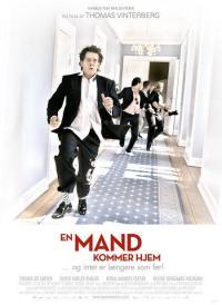 En mand kommer hjem (2007)